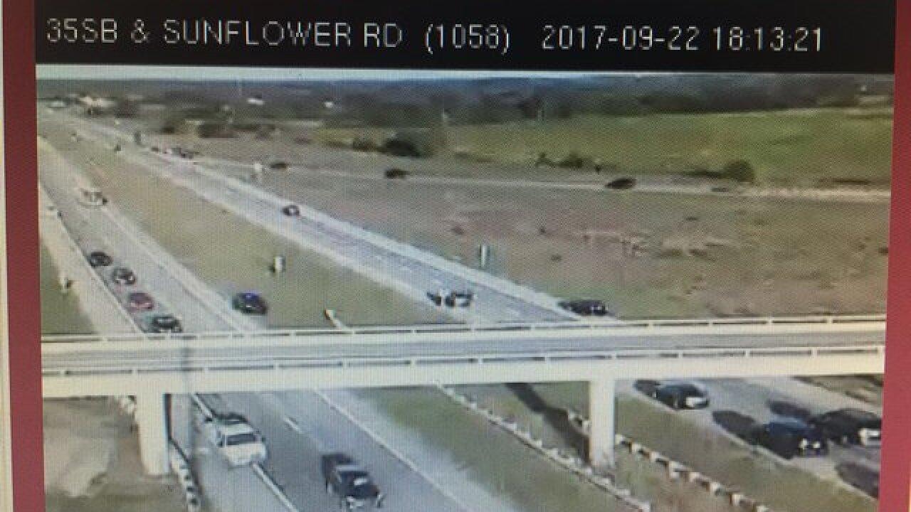 1 dead after wreck on I-35 near Gardner