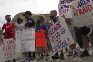 Bozeman parents, students and teachers protest trustee vote to remain in blended model until a later date