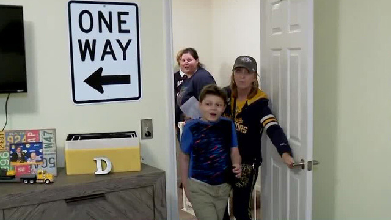 The Nashville Predators Foundation & Special Spaces give room makeover to boy battling cancer