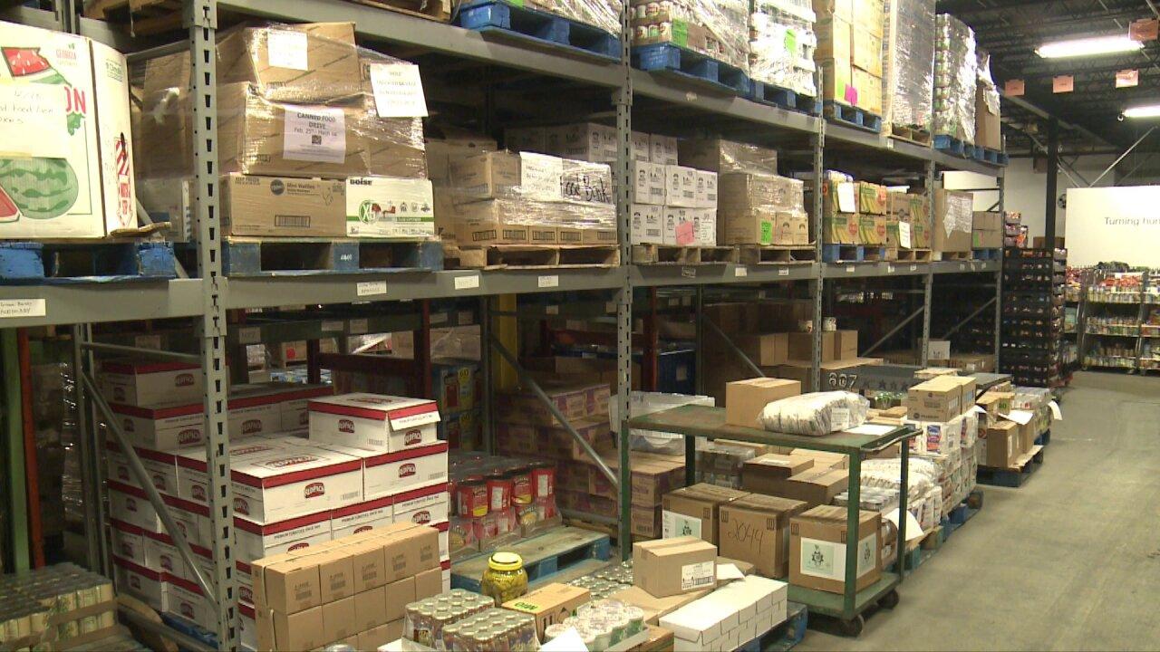 Sen. Warner reintroduces bipartisan bill that could help eliminate fooddeserts