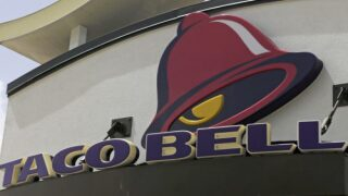 Taco Bell Is Bringing Back A Fan Favorite Menu Item Starting On Christmas Eve
