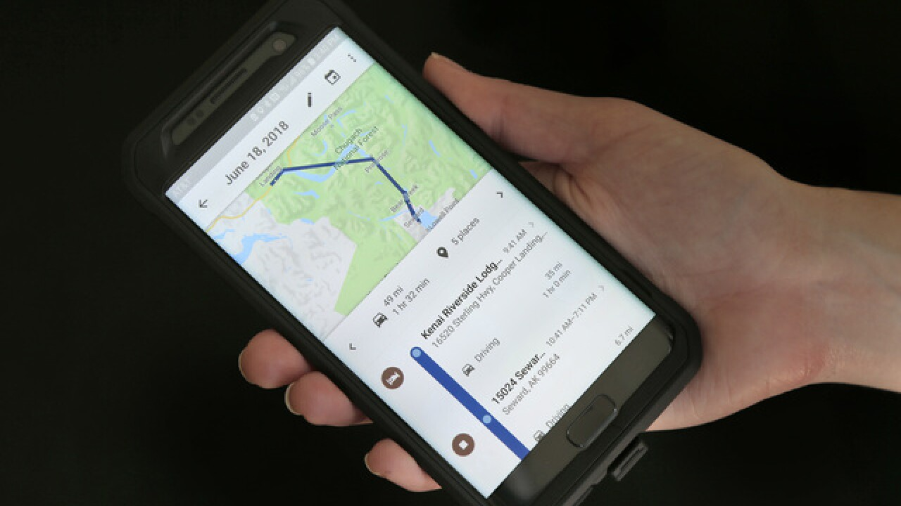 Google clarifies it tracks users who pause location history