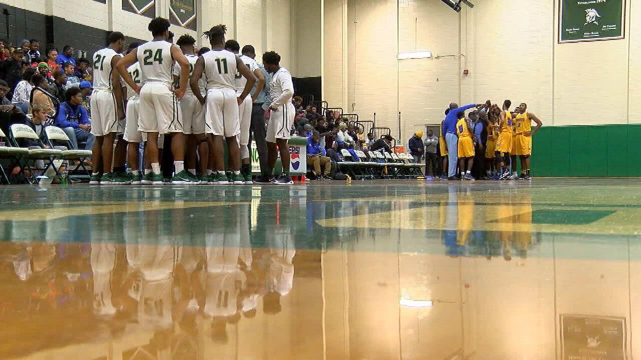 Lincoln, Leon Boys Basketball Pick Up Wins On The Hardwood Friday