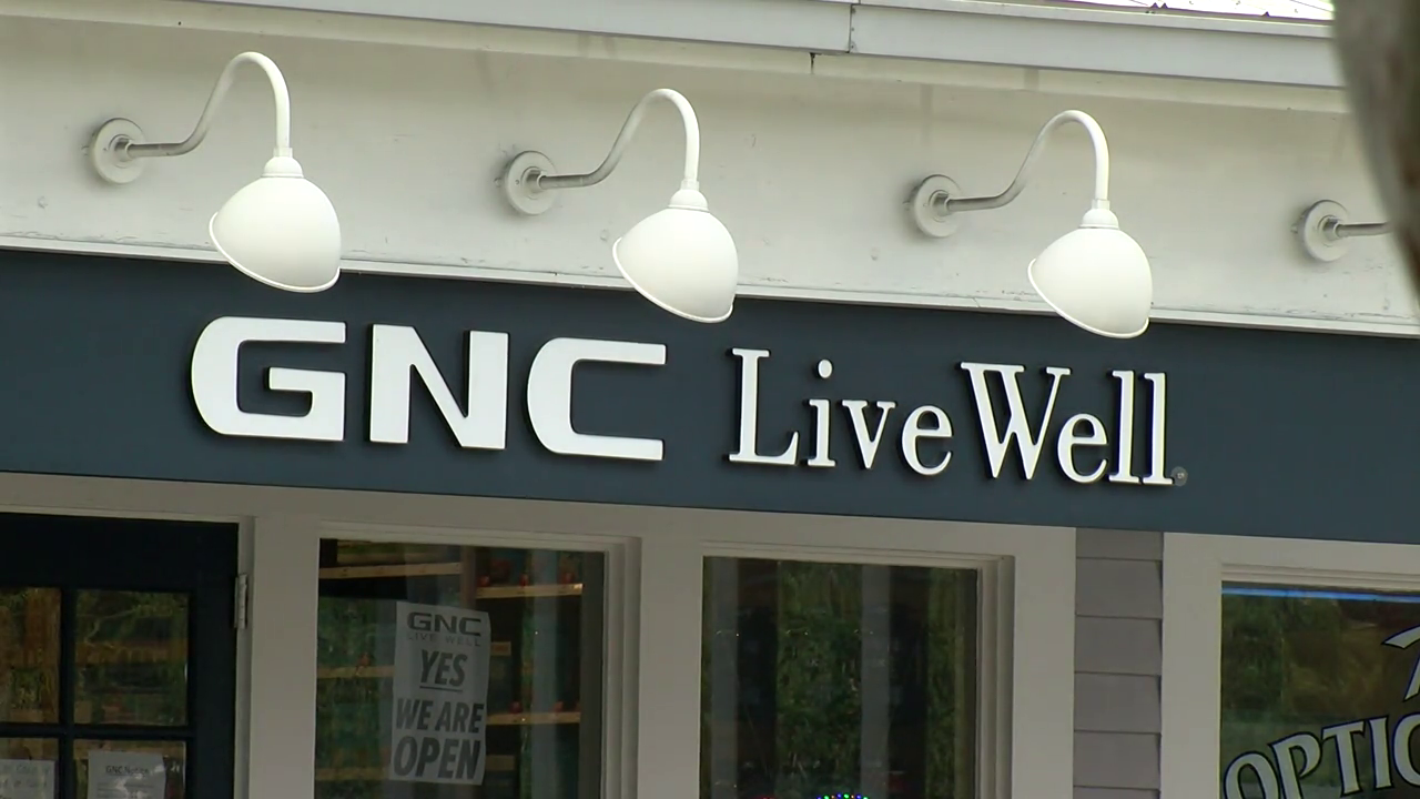 Former GNC manager: I was fired for enforcing Tampa's mask mandate