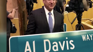 First 'Al Davis Way' street sign unveiled