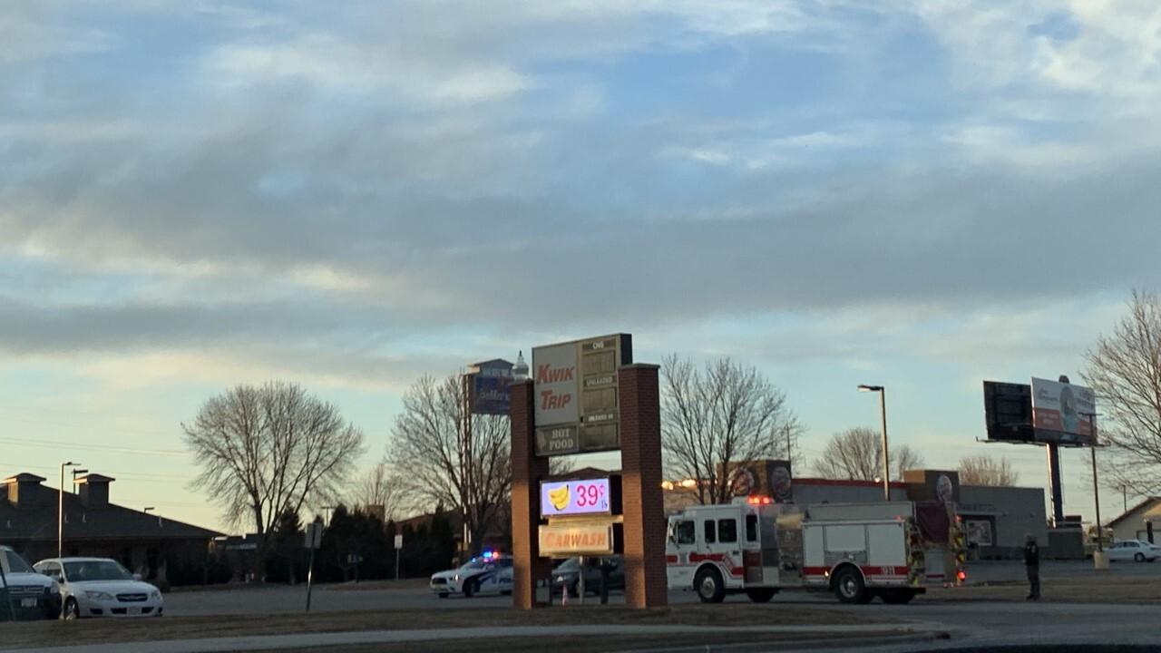 Natural gas leak at Kwik Trip