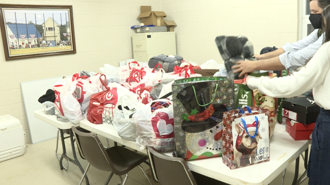 Kempsville PONY Baseball teams up with Heart of Christmas Hope Project