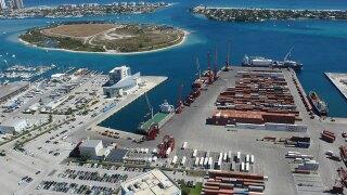 Gov. Scott threatens funding for ports