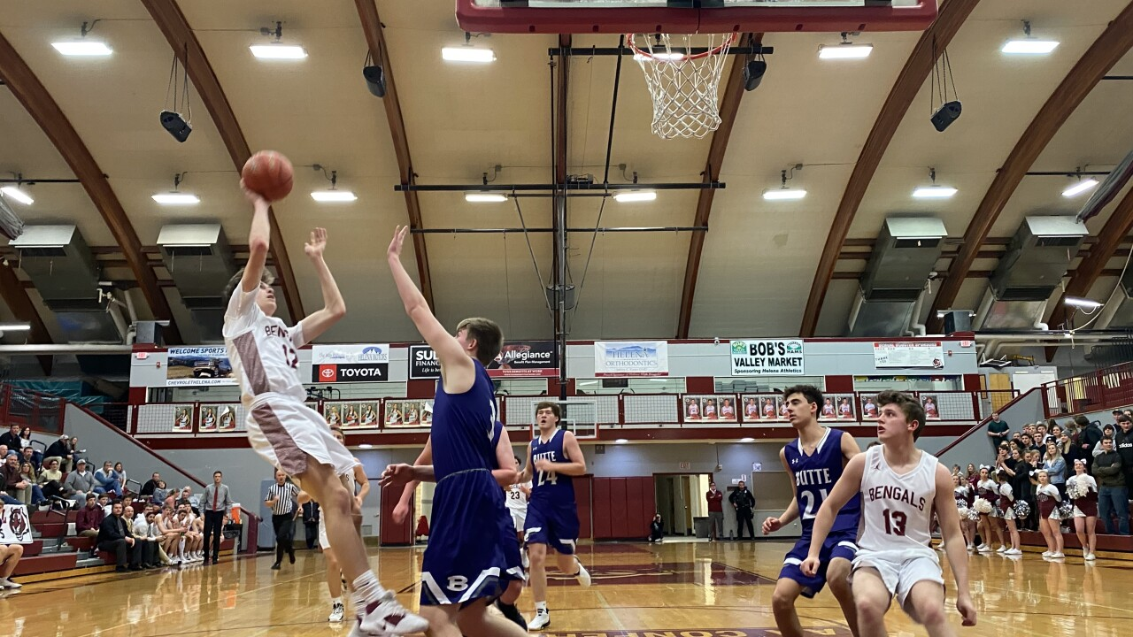 Helena High Boys down Butte, Bengals Girls falter