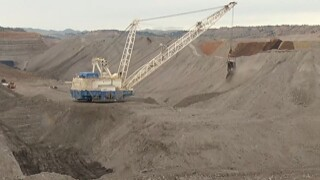 New tribal owner shuts down MT coal mine; negotiating with state on regulation
