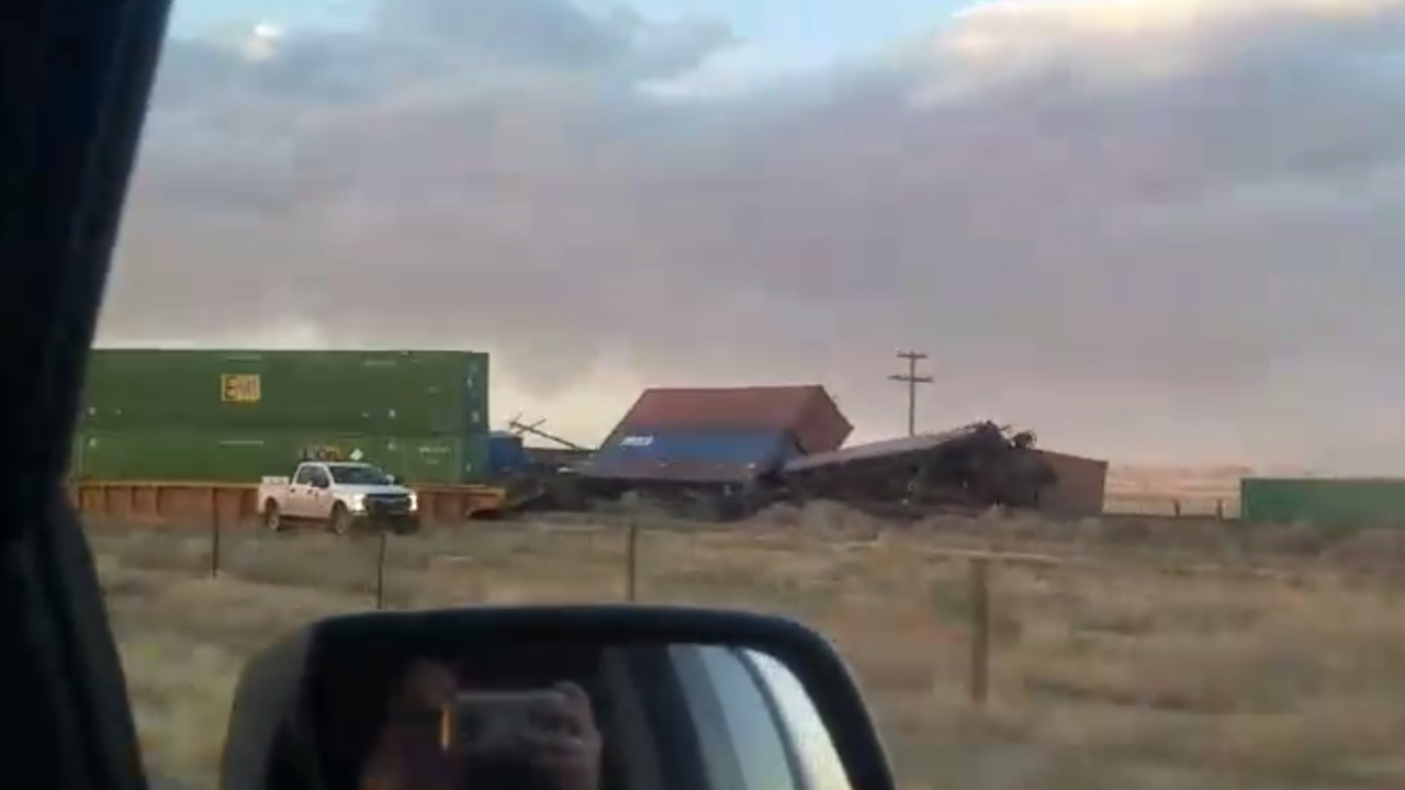 Video shows aftermath of 23 train car derailment in Milford, Utah