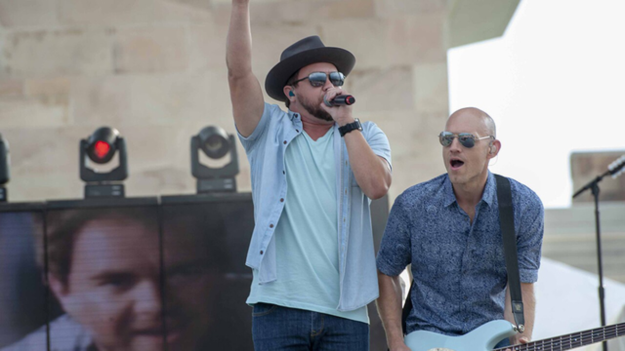 PHOTOS: Country music stars shine bright at SummitFest