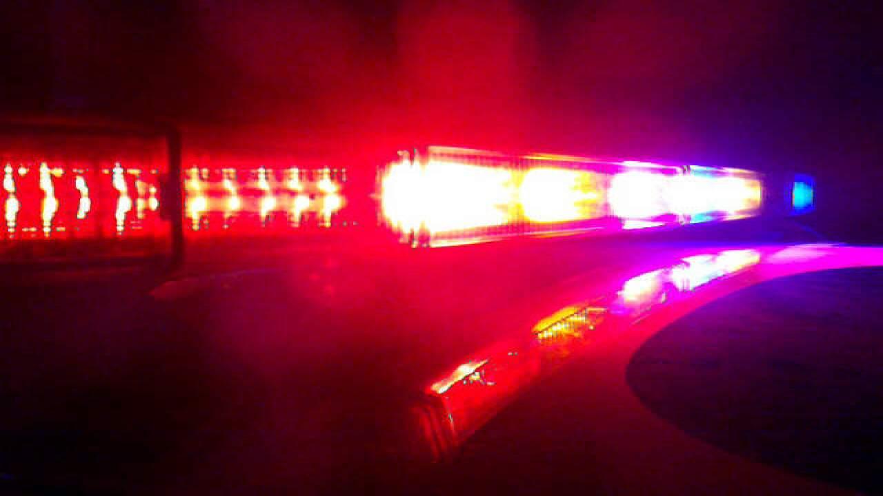 Man shot on Phyllis Ave overnight