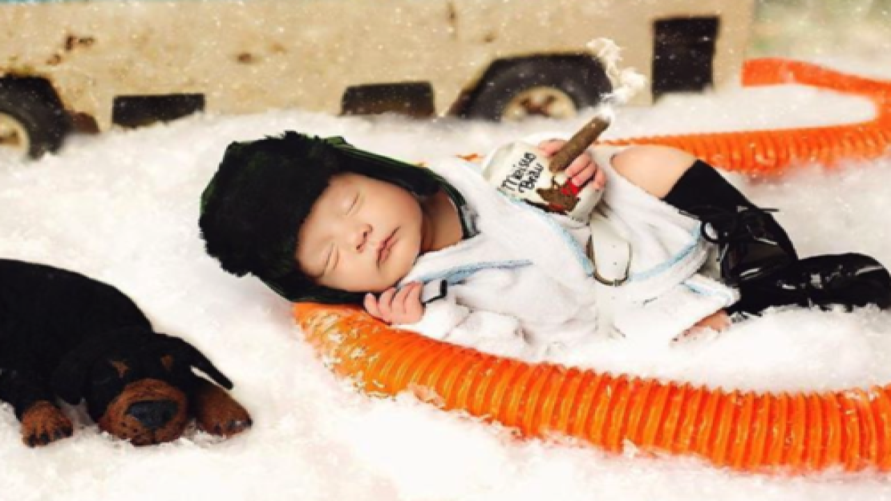These Adorable Photos Of Newborns Dressed As 'Christmas Vacation' Characters Are Going Viral