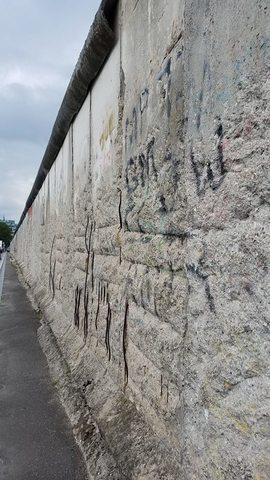 Photos: Where the Berlin Wall fell, 28 years later