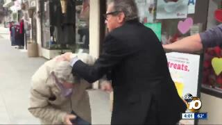La Mesa businessman attacks reporters