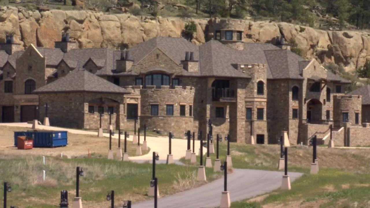 Judge orders assets of Billings mansion developer frozen in fraud case