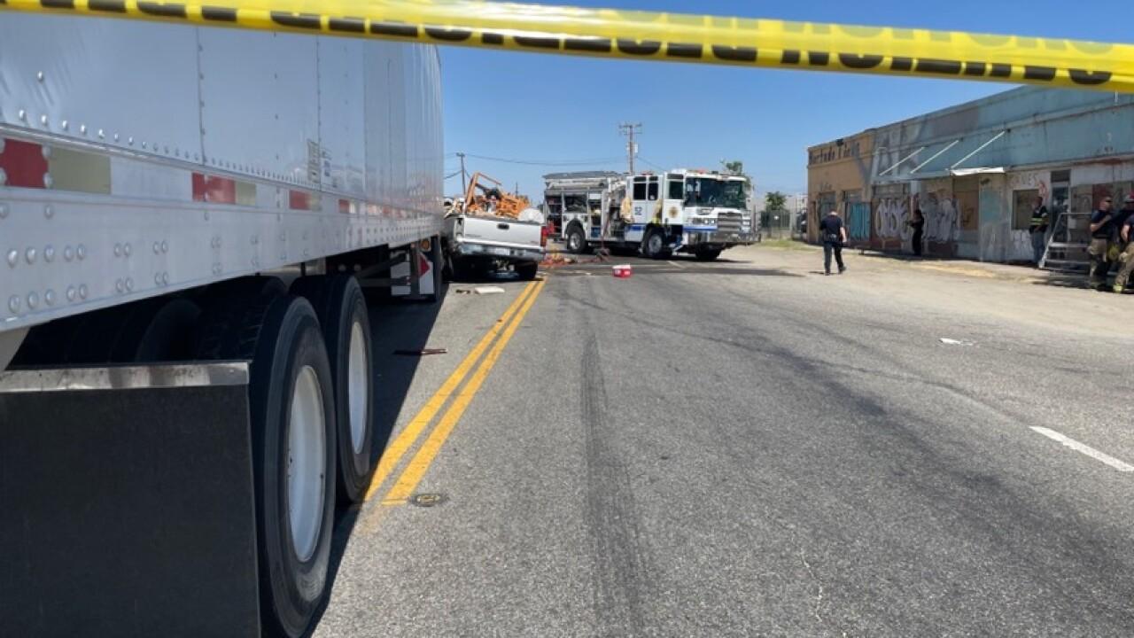CHP investigating deadly crash on Taft Highway