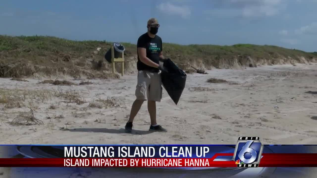 Mustang Island cleanup helps pick up Hanna-related debris