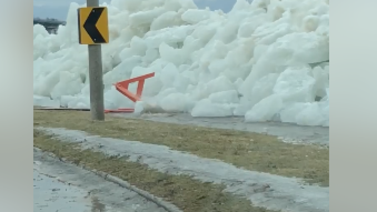 Strong winds blow massive ice chunks from Lake Erie over