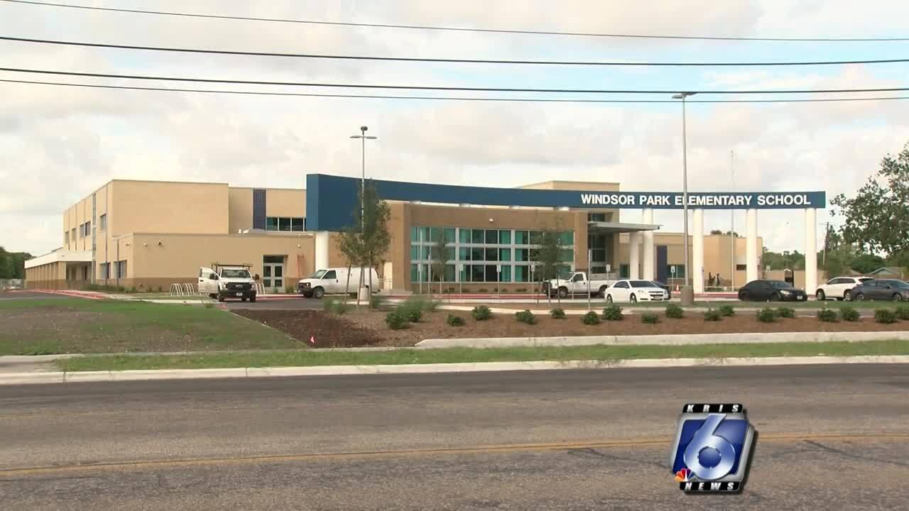 Windsor Park Elementary School opens
