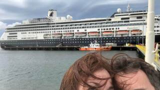 FL couple and cruise ship.jpg