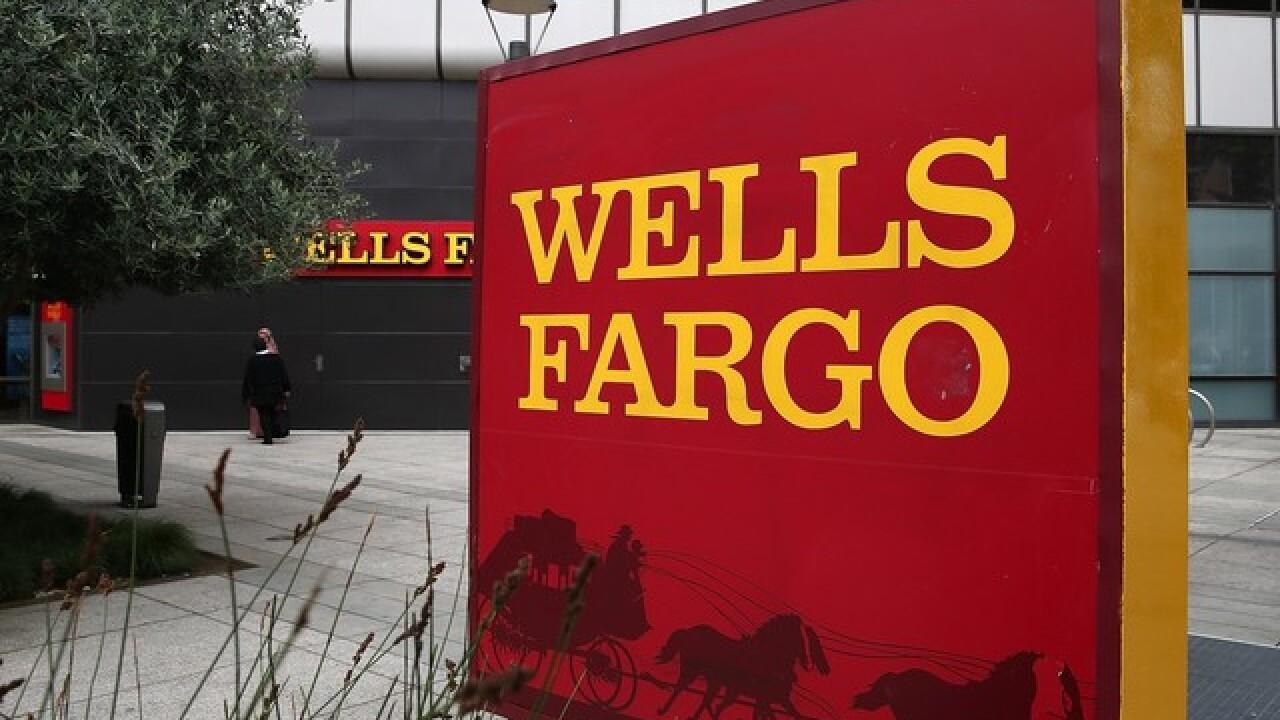 Wells Fargo fraud alert text message scam