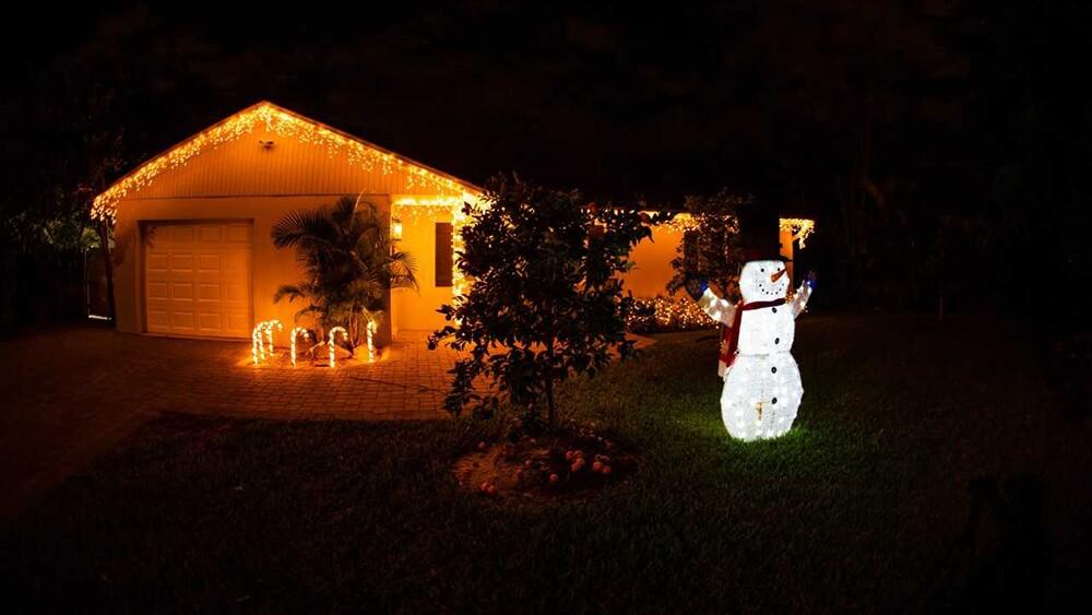 WPTV-CHRISTMAS-HOUSE-8.jpg