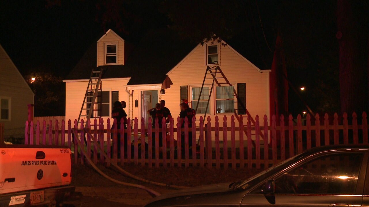 3 displaced in Richmond housefire