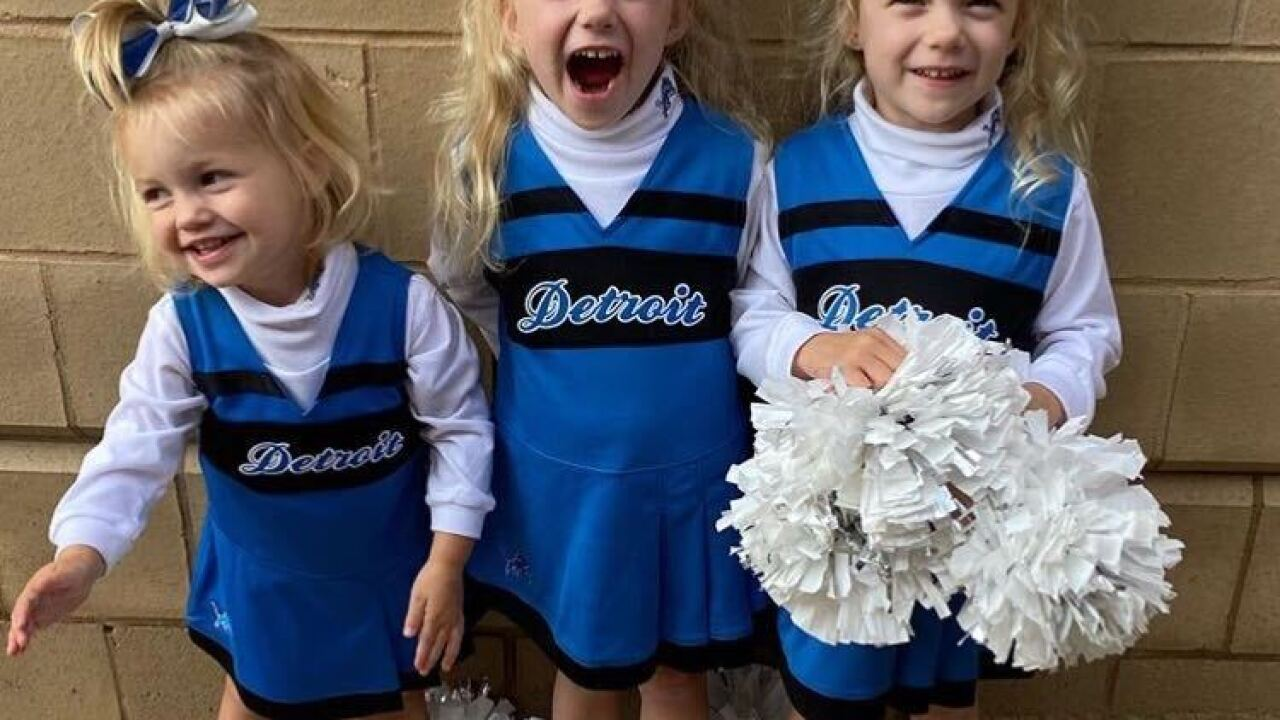 Kelly Stafford, daughters surprise Matthew Stafford with cheer before Lions opener