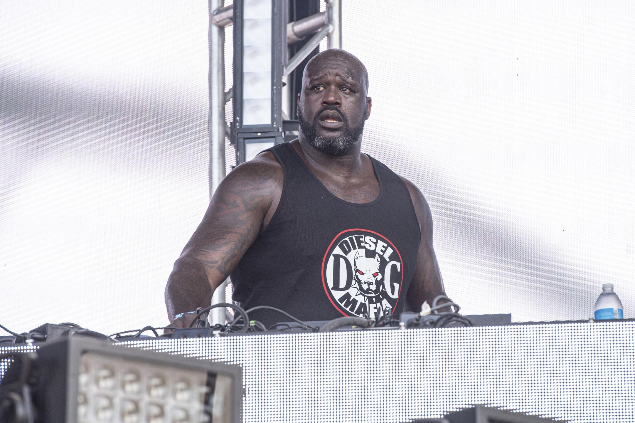 Shaquille O'Neal, DJ Diesel