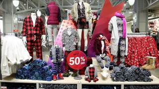 Shopping hacks to help you win Black Friday