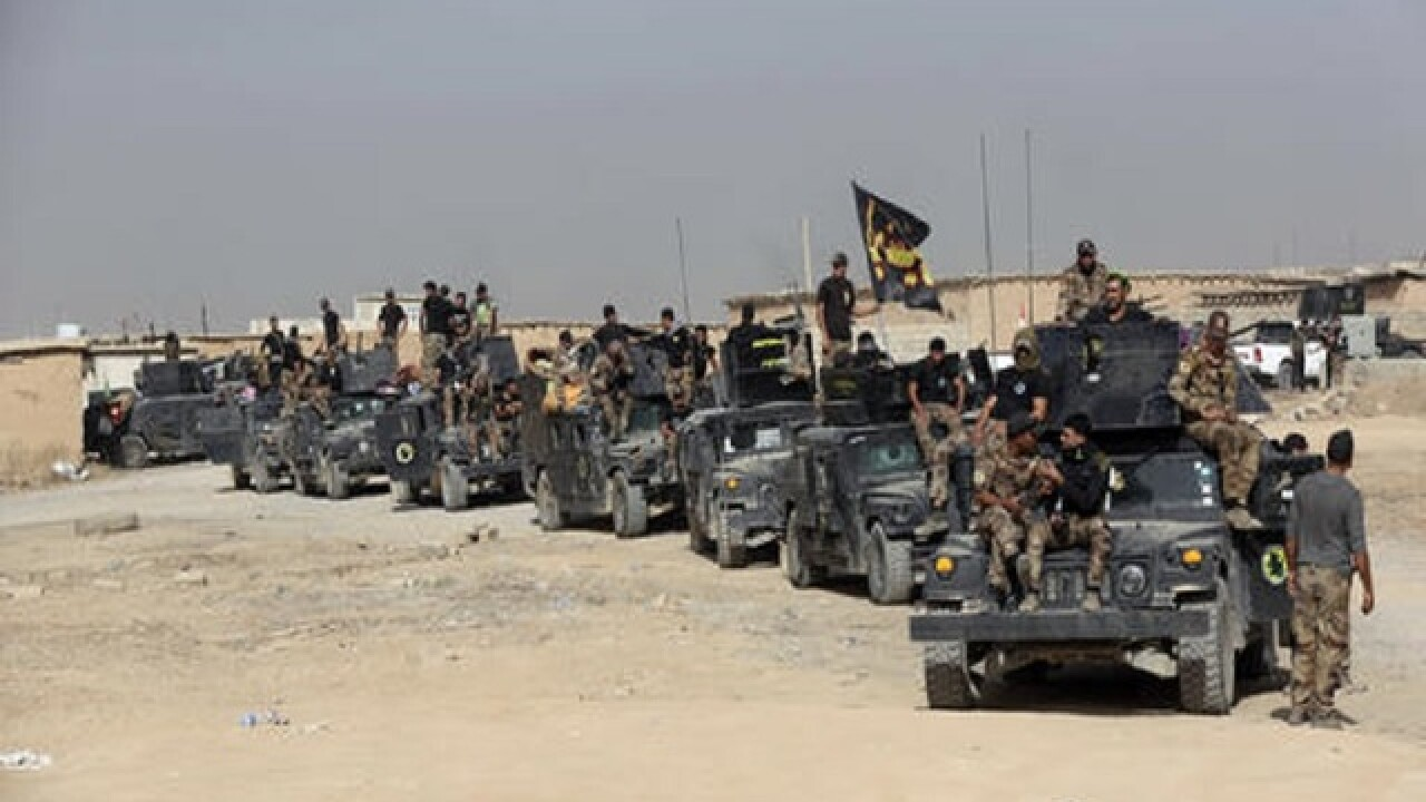 Iraqi PM signals start of operations to drive IS from Mosul