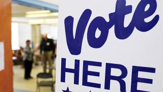 Federal appeals court reverses judge's order on early voting in Ohio