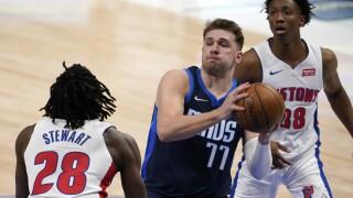 Isaiah Stewart, Saben Lee, Luka Doncic Pistons Mavericks Basketball