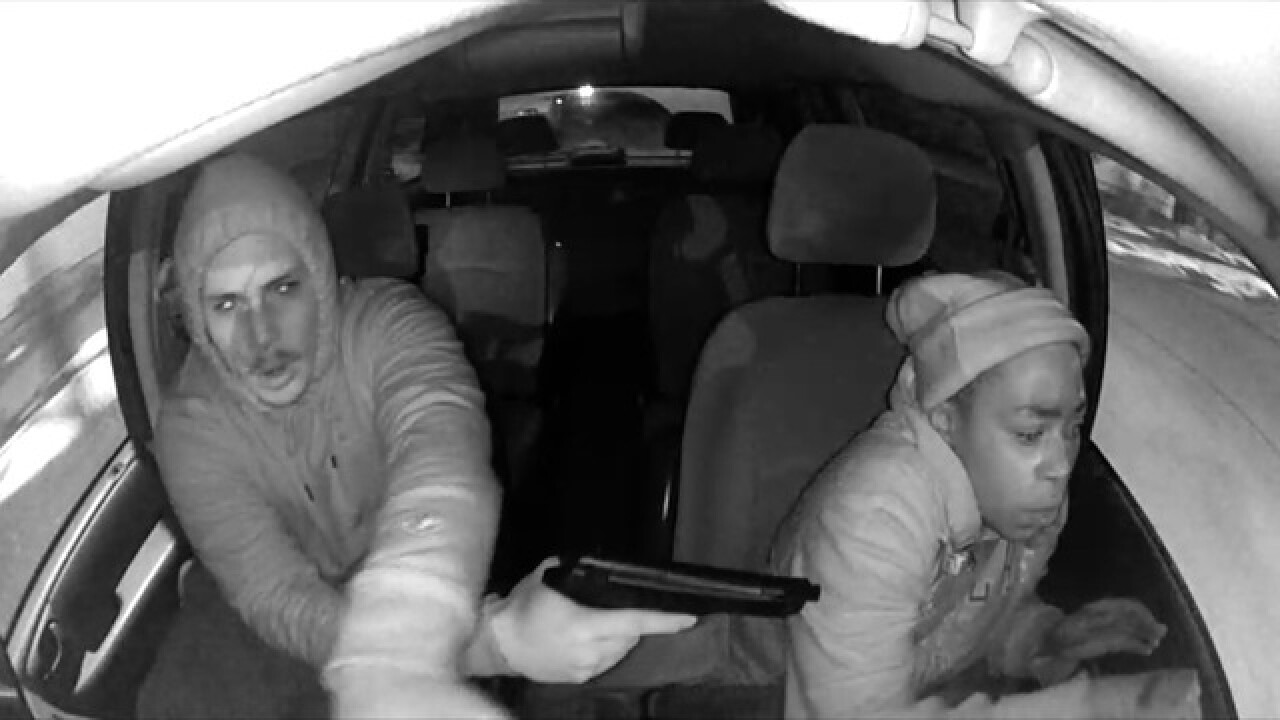 VIDEO: Armed robbery inside taxicab in Buffalo