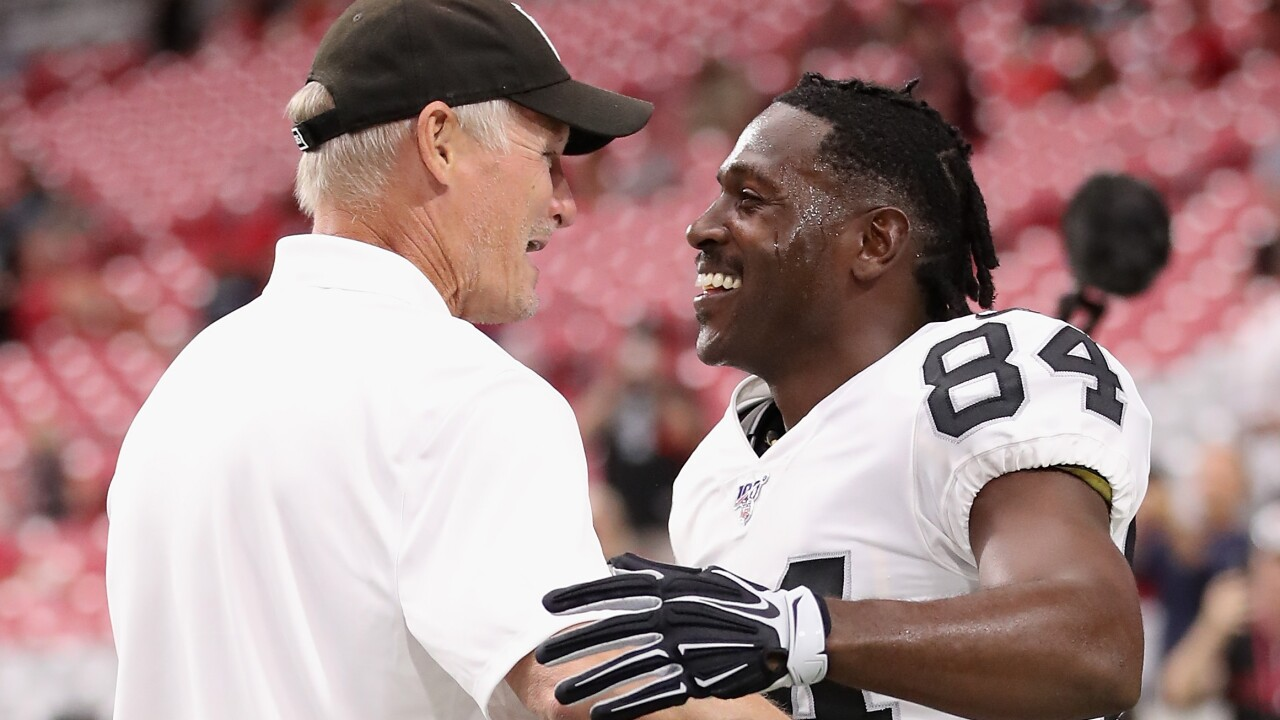 Mike_Mayock_Antonio_Brown_Oakland Raiders v Arizona Cardinals
