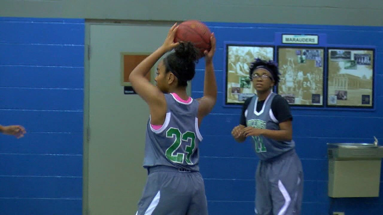 Suwannee, Chiles Girls Fall In Maclay's Holiday Hoops Tournament