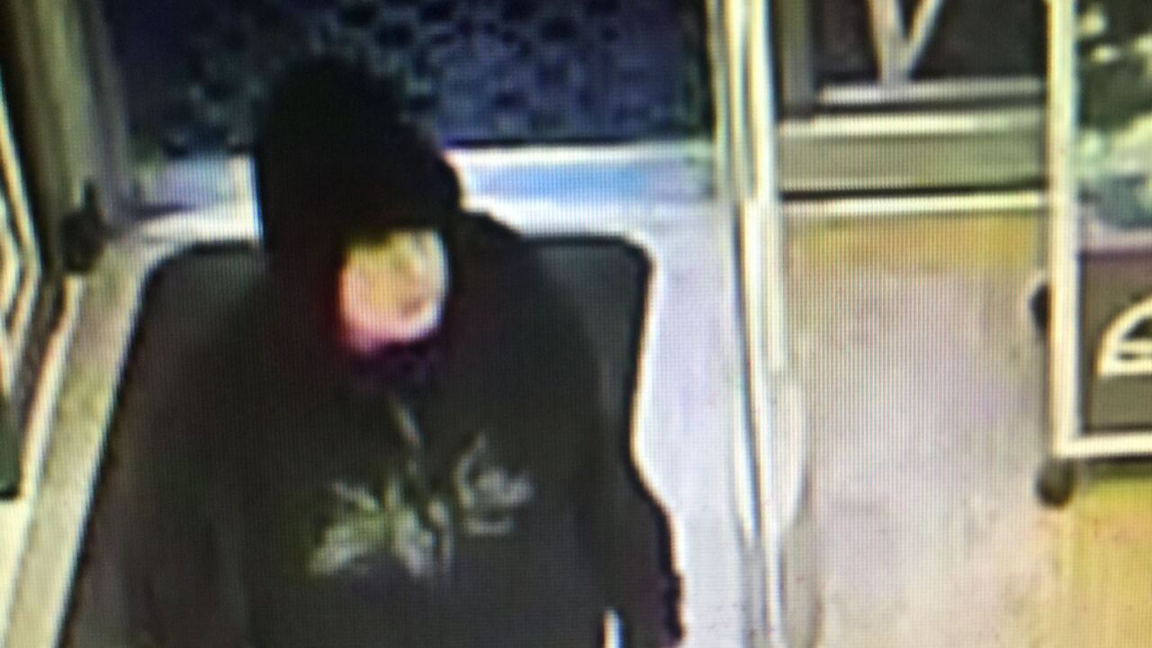 Portsmouth Police seeking Rite-Aid robbery suspect