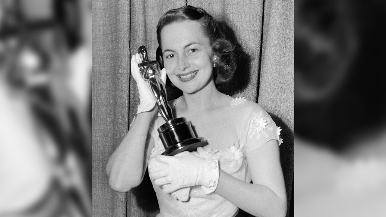 Olivia de Havilland, Oscar-winning actress, dies at 104