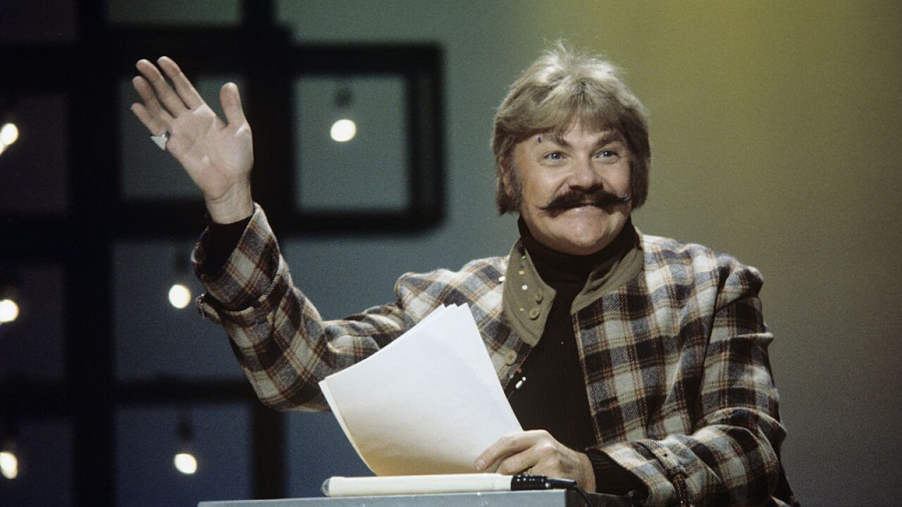 Actor and comedian Rip Taylor dead at 84