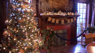 Moss Mansion toy drive celebrates Christmas