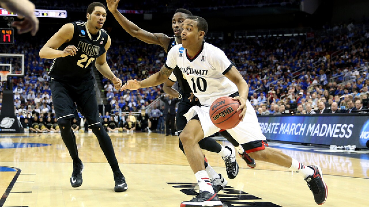 Bearcats buzzer-beater gets Second Round win