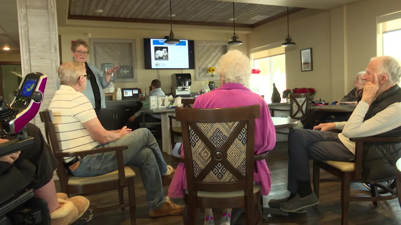State Auditor helps seniors avoid scams while having fun