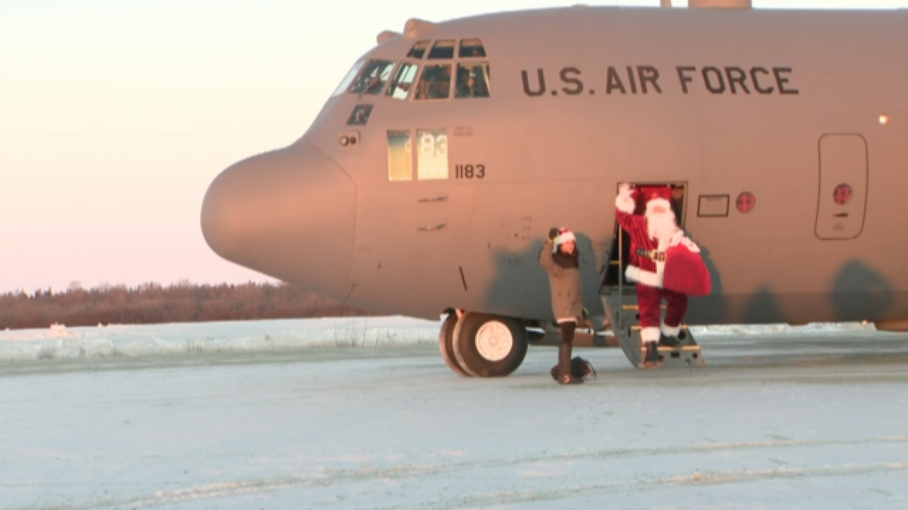 Military helps Santa deliver to remote parts of Alaska