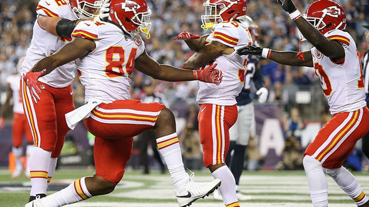 4th and 1: Chiefs face key test against NFC's LA Rams