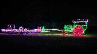 Drive-thru light show in Alexander has two weeks left