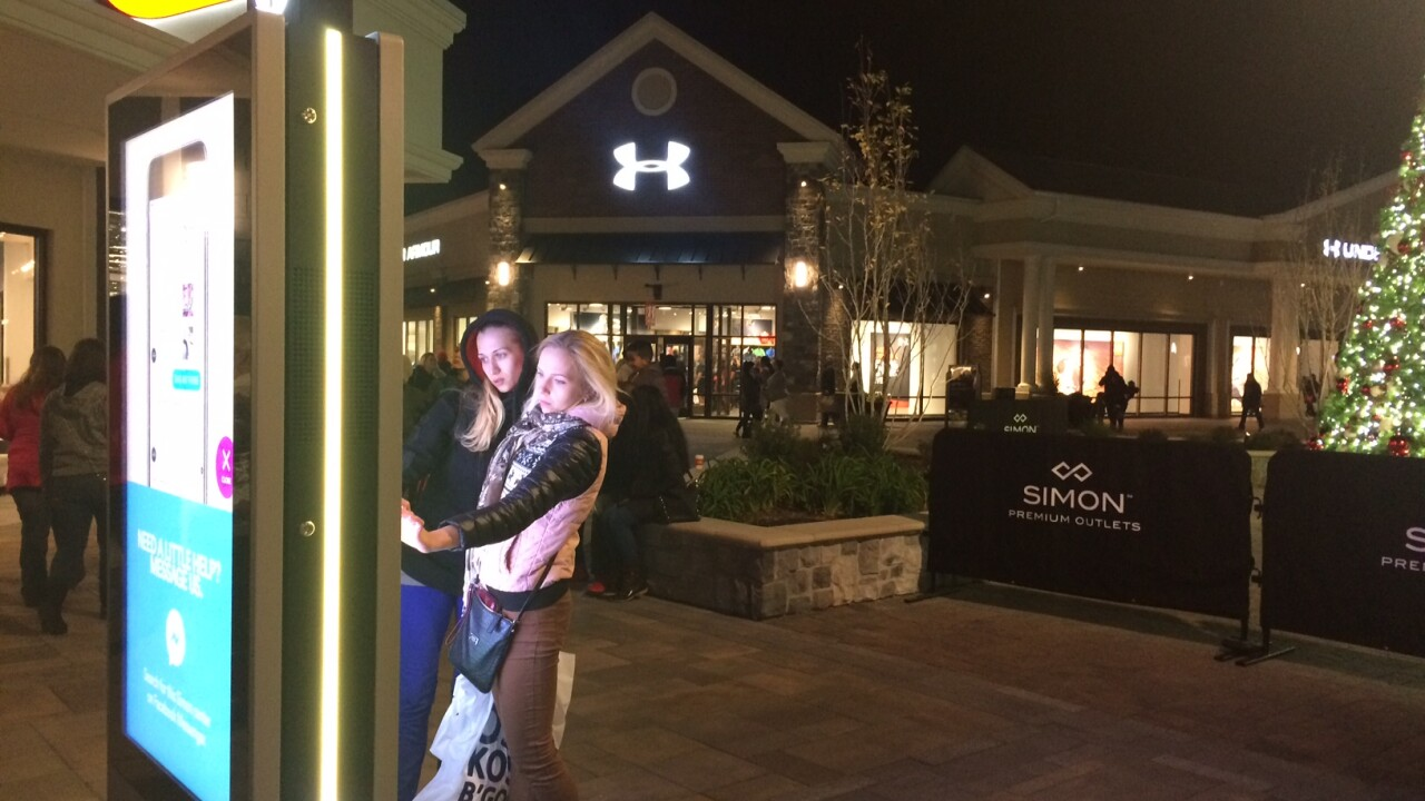 Shoppers start early Black Friday shopping at Norfolk PremiumOutlets