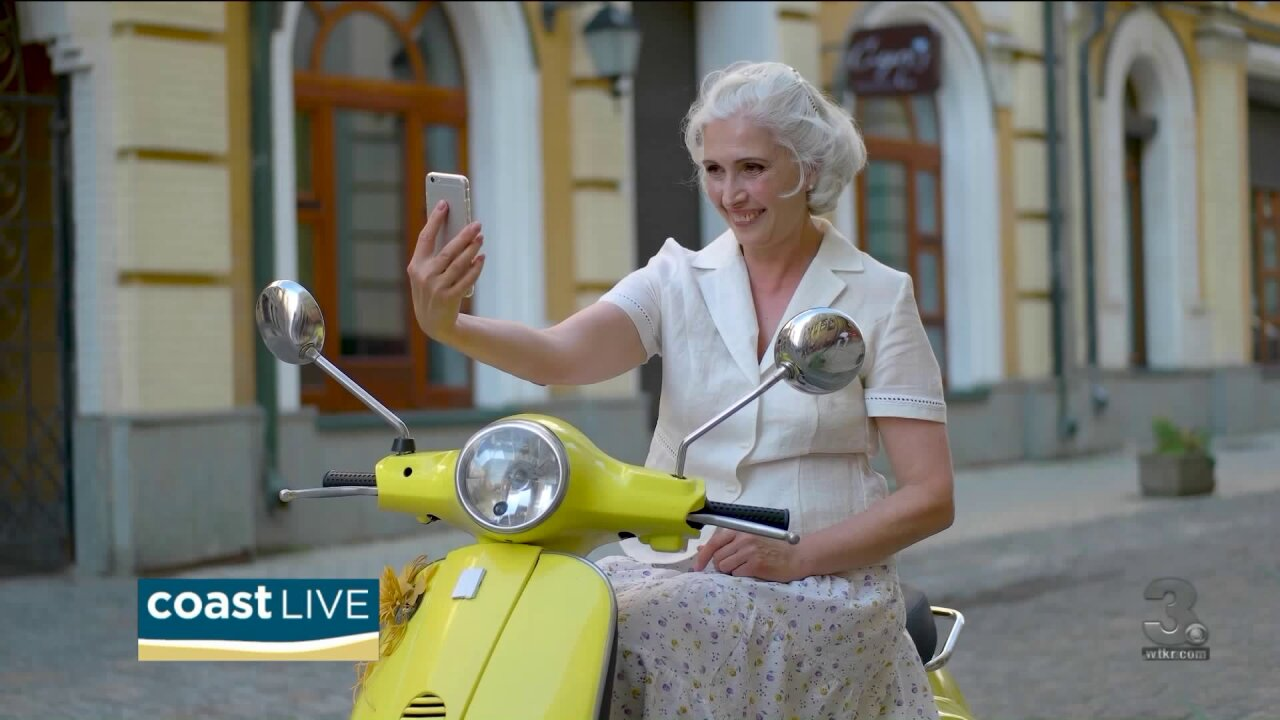 How to avoid online dating scams on CoastLive