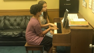 piano lessons.PNG